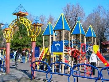 Детская площадка. Уроки хорошего тона.